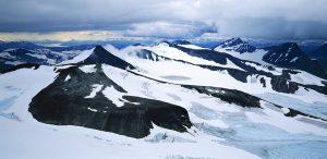 Utsikt från Sarektjåkkå Nordtopp mot NV över Sarekmassivet